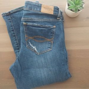 ::Abercrombie & Fitch:: A&F Boot Distressed Jean
